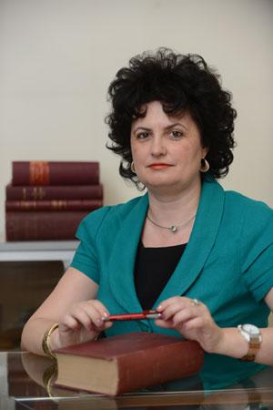 Alina-Cobuz